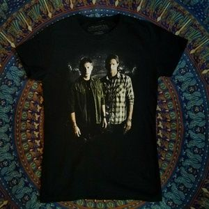 Supernatural T-Shirt - Sam and Dean